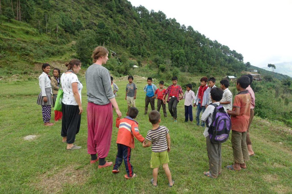 3.20. Obóz Nepal - zajęcia z dziećmi (4)